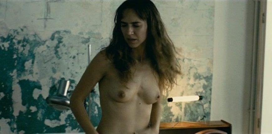 Aina Clotet Desnuda En La Película Elisa K