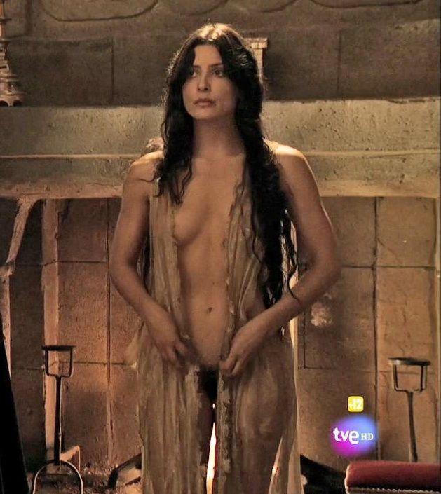 Bárbara Lennie Desnuda En La Serie Isabel