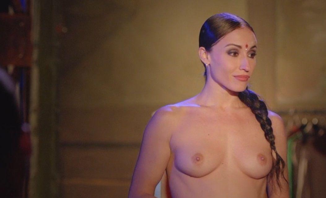 María Hinojosa Desnuda En La Película Miamor Perdido