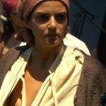 A Clara Lago se le sale una teta en la serie <ins>El corazón del océano</ins>