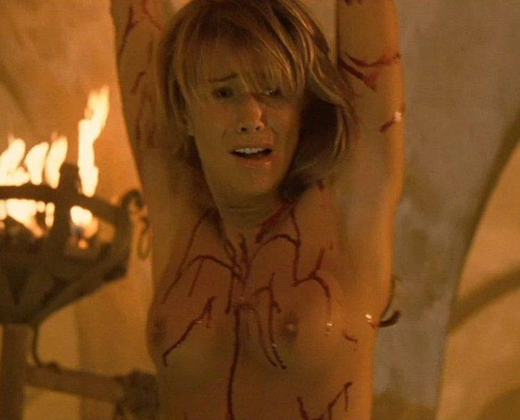 Raquel Meroño Desnuda En La Película Dagón La Secta Del Mar