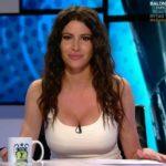 Graciela Álvarez luciendo escote en el programa <ins>90 minuti</ins>