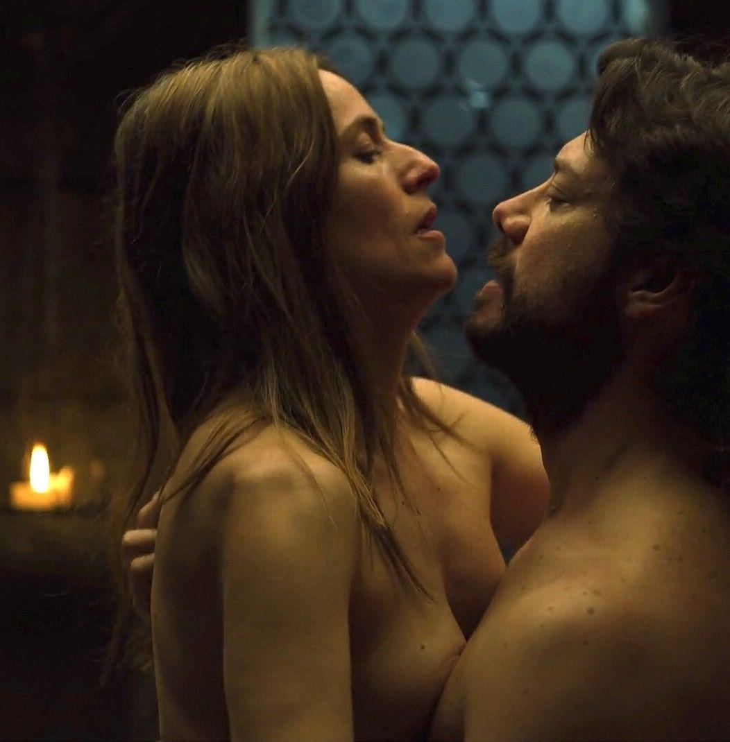 Itziar Ituño Desnuda En La Serie Insla Casa De Papelins