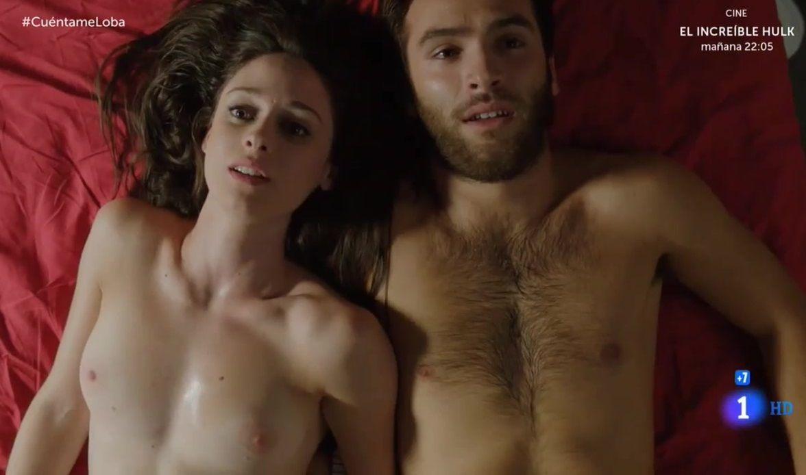 Andrea Duro Descuido elena rivera desnuda en la serie cuéntame |