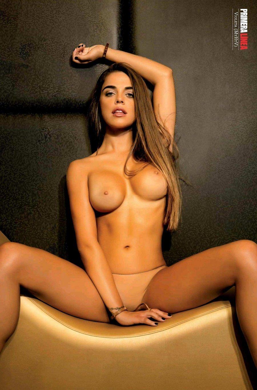 Andrea Duro Descuido más de violeta mangriñan desnuda |